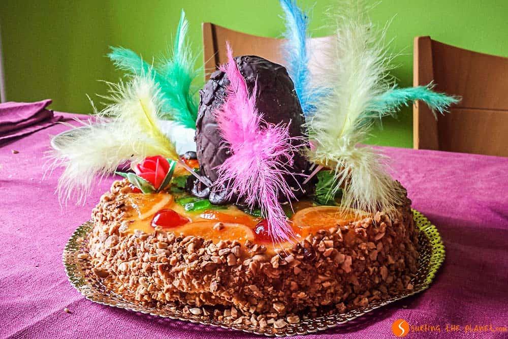 Mona di Pasqua dolce tipico delle feste di Pasqua a Barcellona