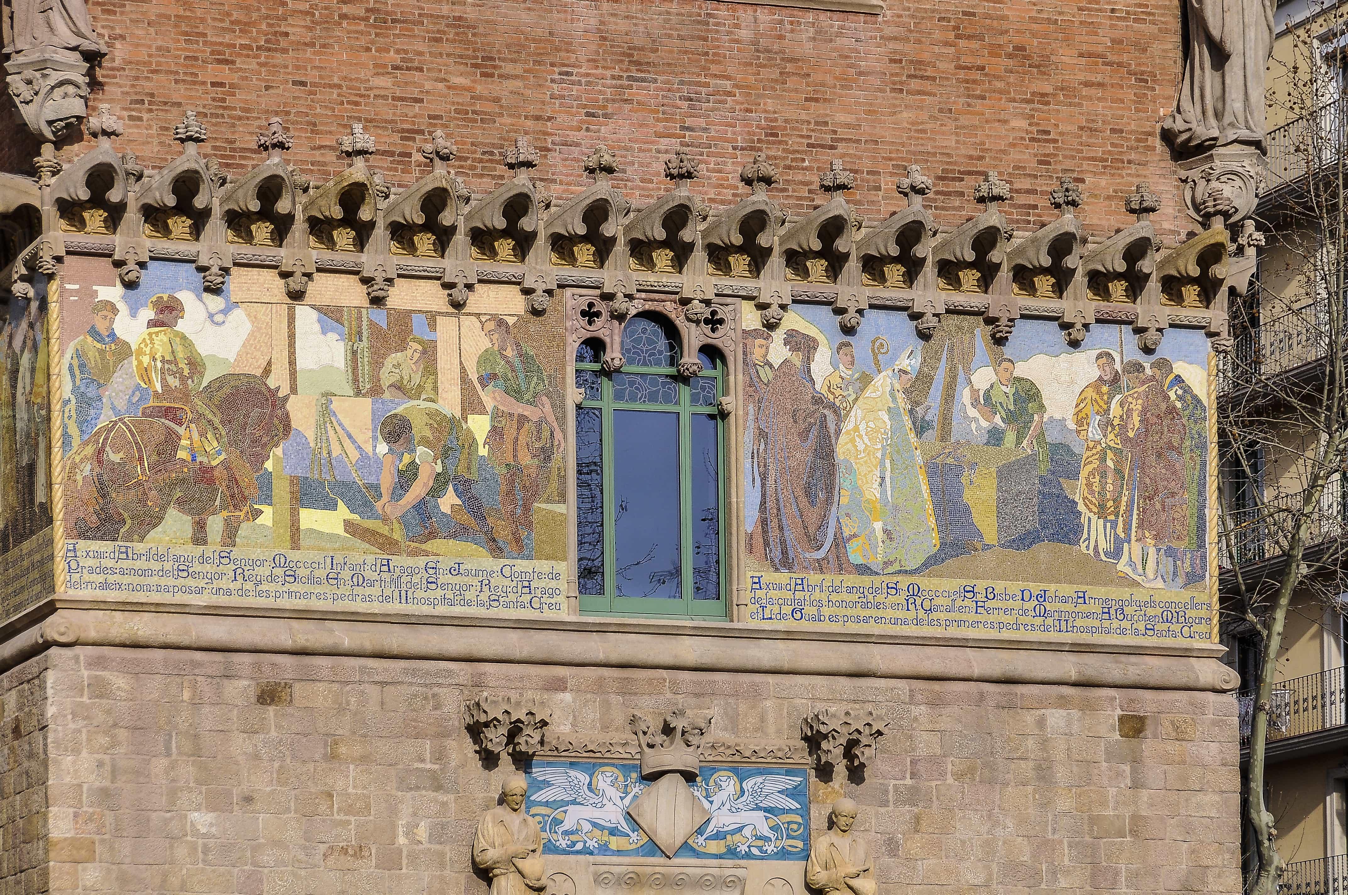 Mosaico exterior Hospital San Pau |lugares que ver en Barcelona