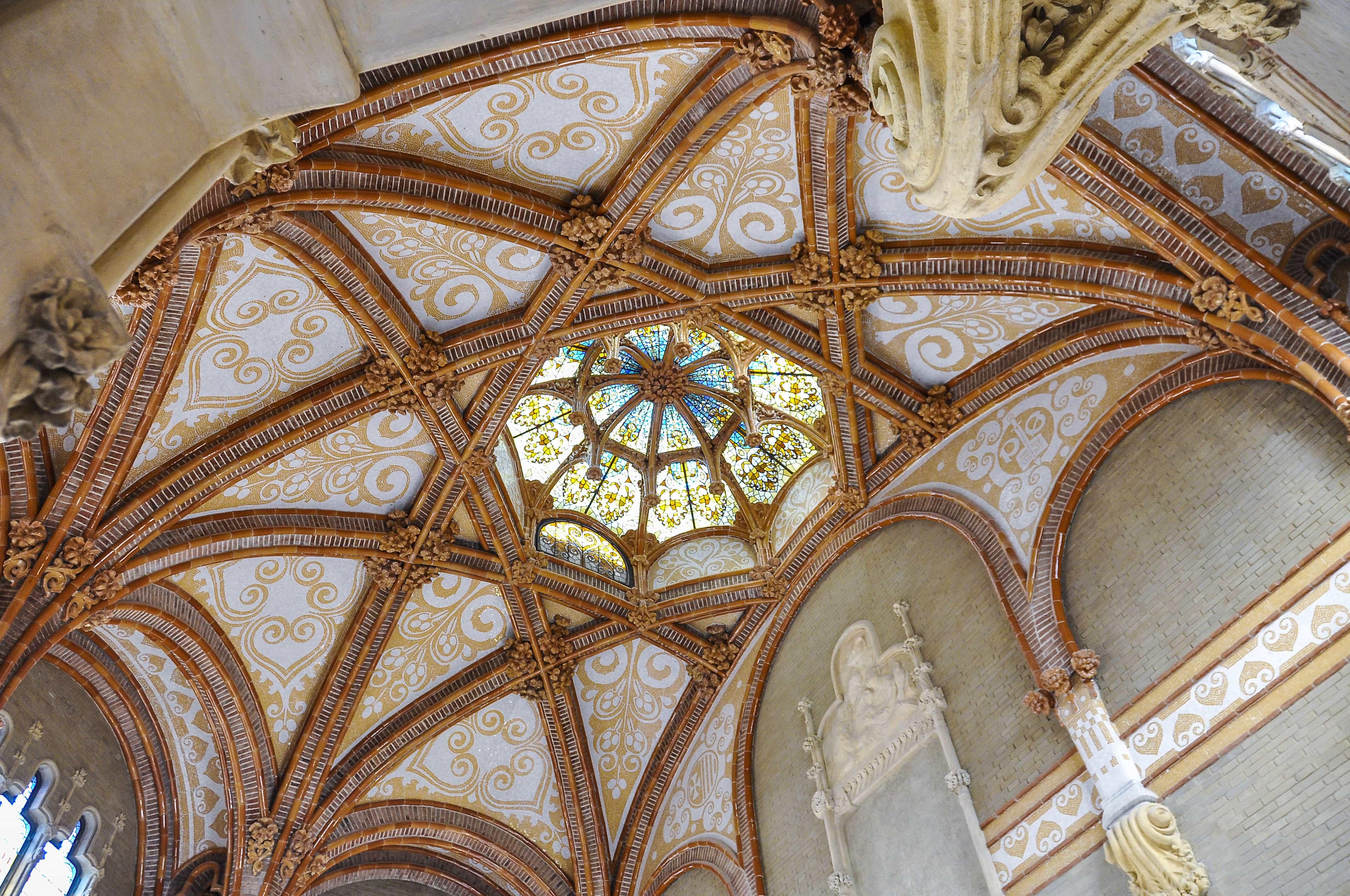 Interior pabellon hospital San Pau |que visitar en Barcelona