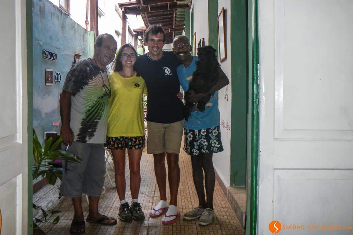 Con Luis y Fernando casa particular en La Habana