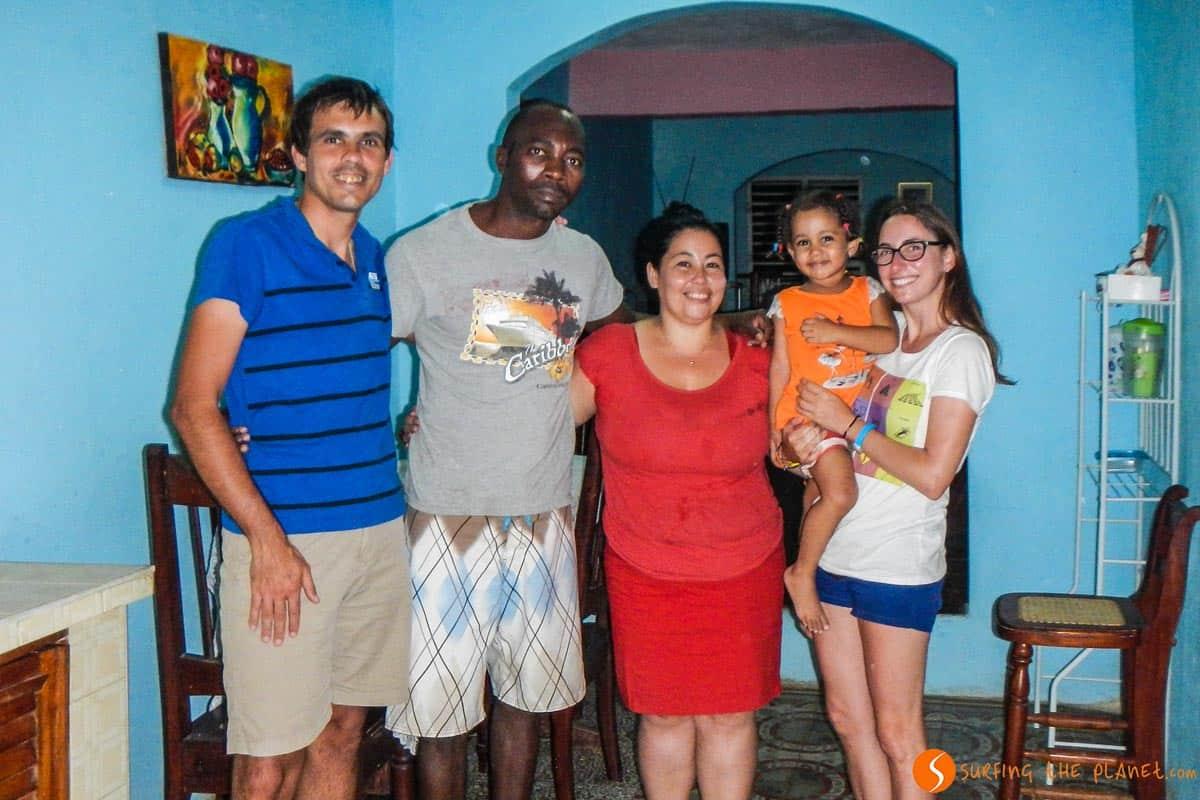 Con Dayami y Adrián casa particular en Trinidad