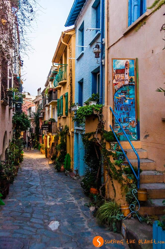 Cobbled street in Collioure | What to see in Collioure