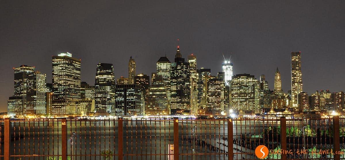 La silueta de rascacielos iluminados | Qué ver en Nueva York