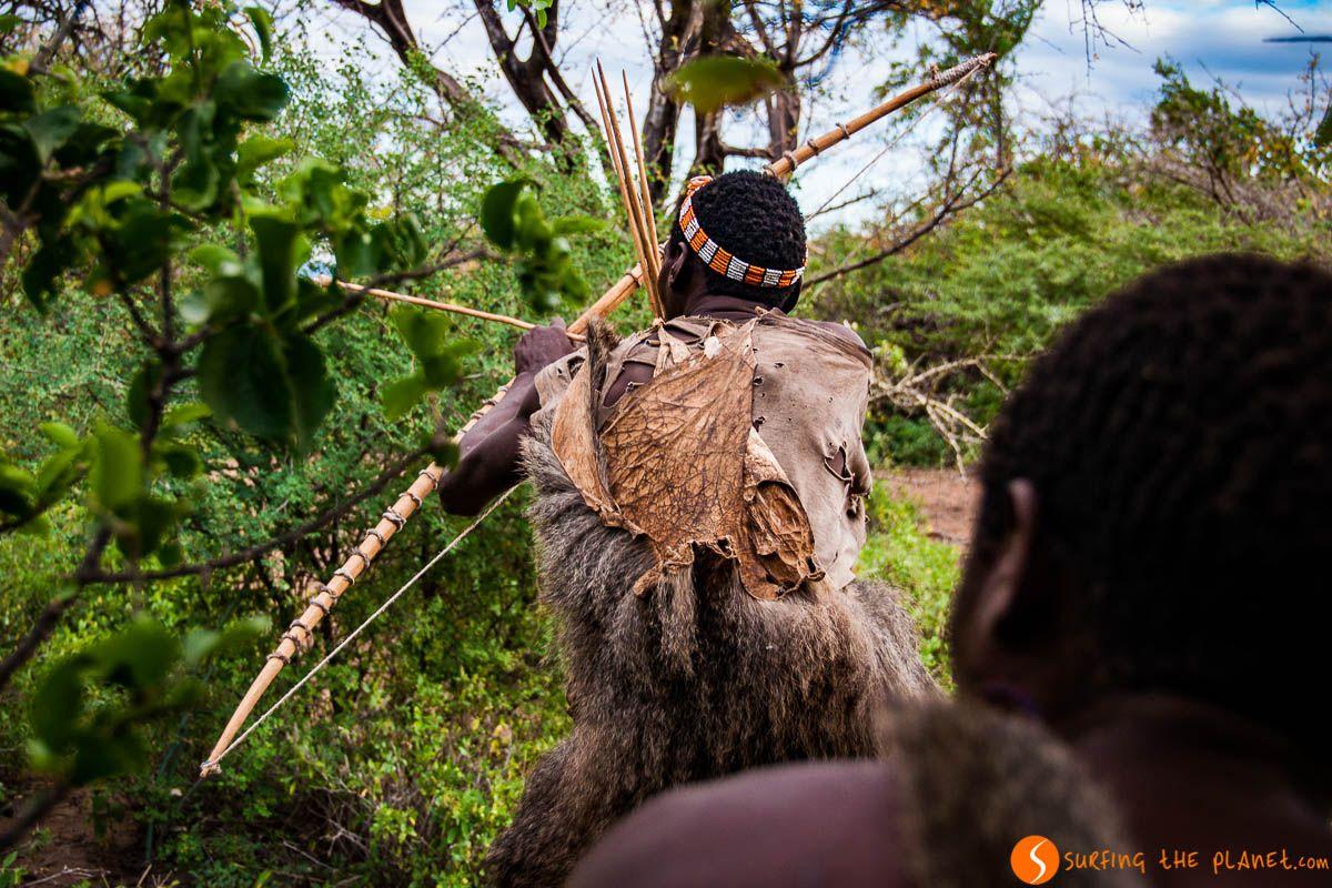 Cazando con los bosquimanos en Lago Eyasi, Tanzania | Los tribus del Lago Eyasi