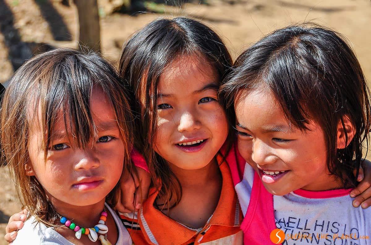 Chicas laosianas, Muang Ngoi, Laos