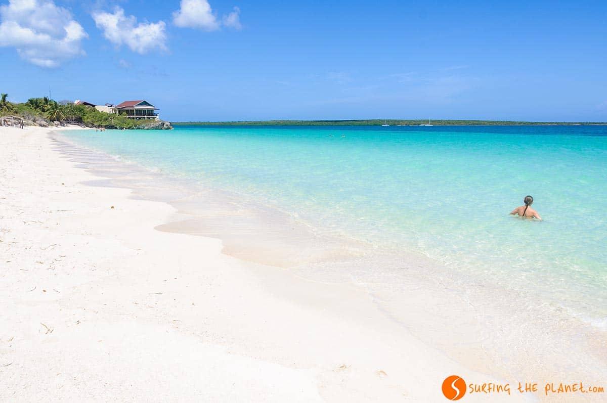 Playa arena blanca, Cayo Las Brujas, Cuba