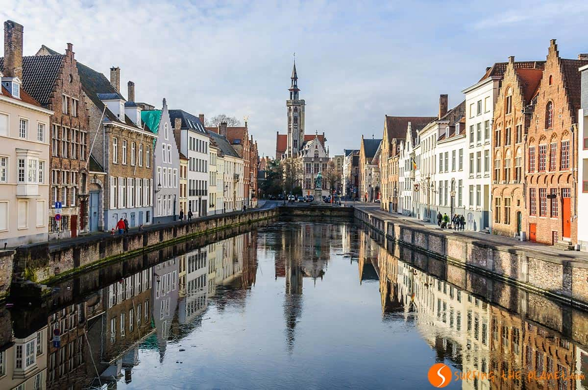 what to see in Bruges, Beautiful reflection, Bruges, Belgium