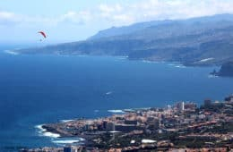 Vistas del Puerto de la Cruz, Tenerife, España