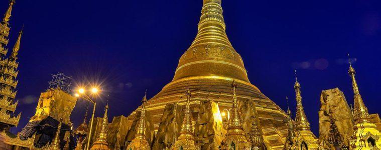 Schwedagon Pagoda, Yangon, Myanmar