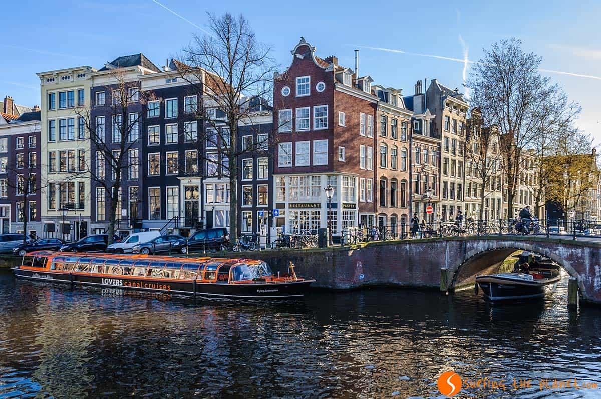 Paseo Barco, Canales, Amsterdam, Holanda