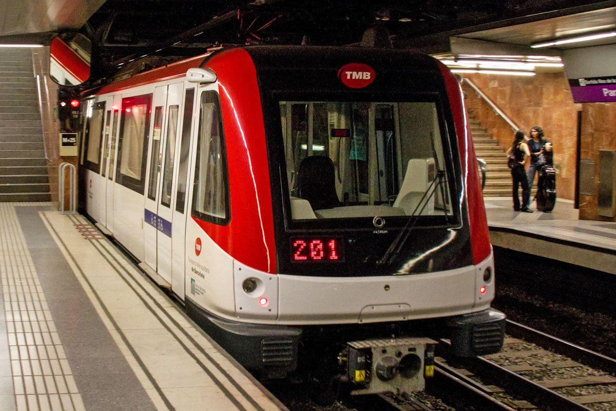 Metro aeropuerto, Barcelona, Cataluña, España | 7 opciones para ir al Centro de Barcelona desde el Aeropuerto