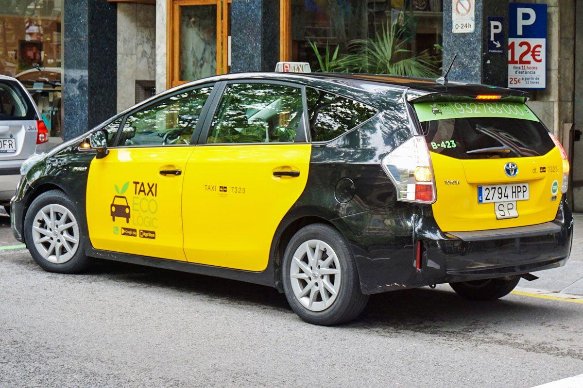 Taxi, Barcelona, Cataluña, España | Cómo viajar desde el Aeropuerto del Prat al Centro de Barcelona
