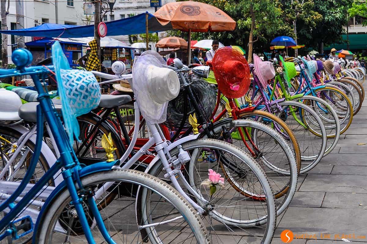 Bicis de color, Centro de Jakarta, Indonesia | Que ver Indonesia 3 semanas