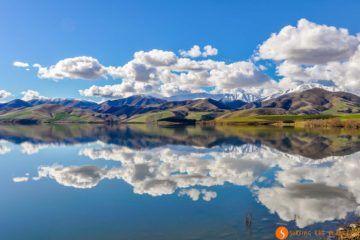 Reflejo en el lago, Fairlie, Nueva Zelanda