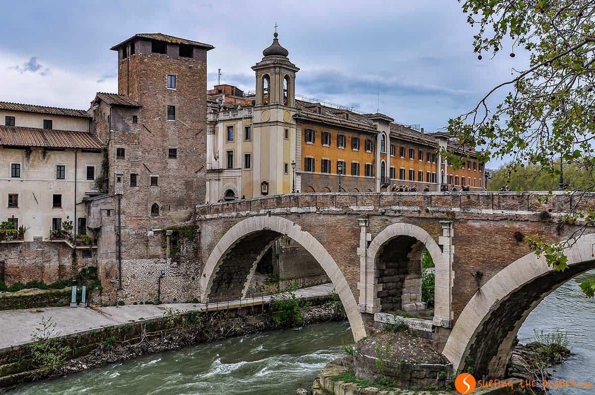 Isla Tiberina, Roma, Italia | Que ver en Roma en 4 días