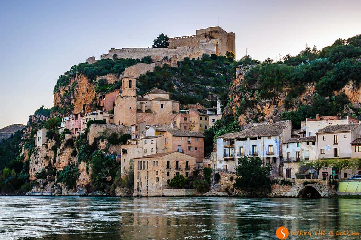 View at sunset, Miravet, Catalonia | Charming villages in Catalonia