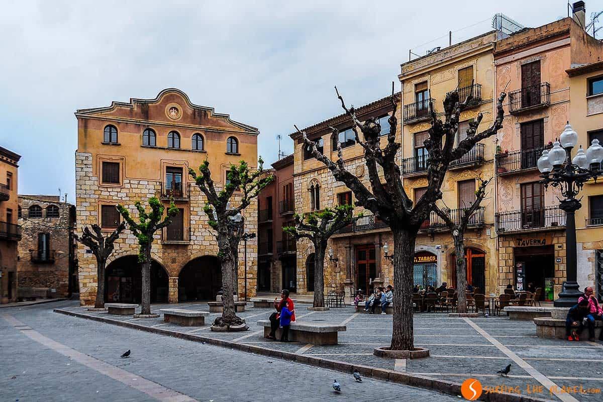 Plaza tranquila, Montblanc, Cataluña