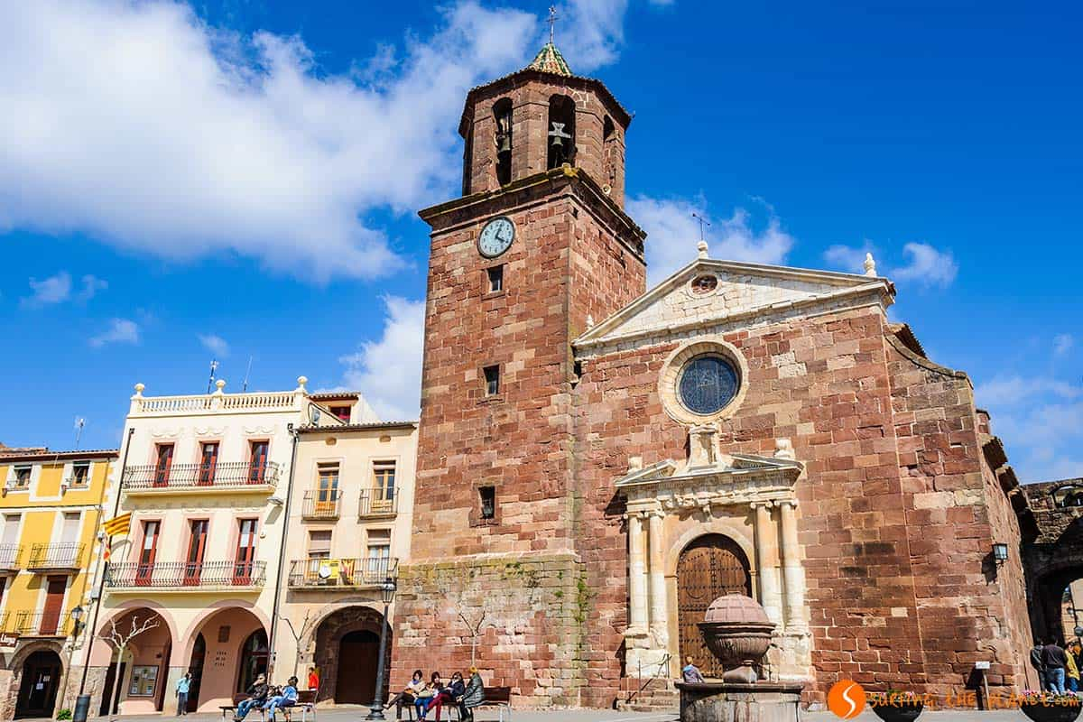 Plaza mayor, Prades, Catalonia | 25 charming villages close to Barcelona
