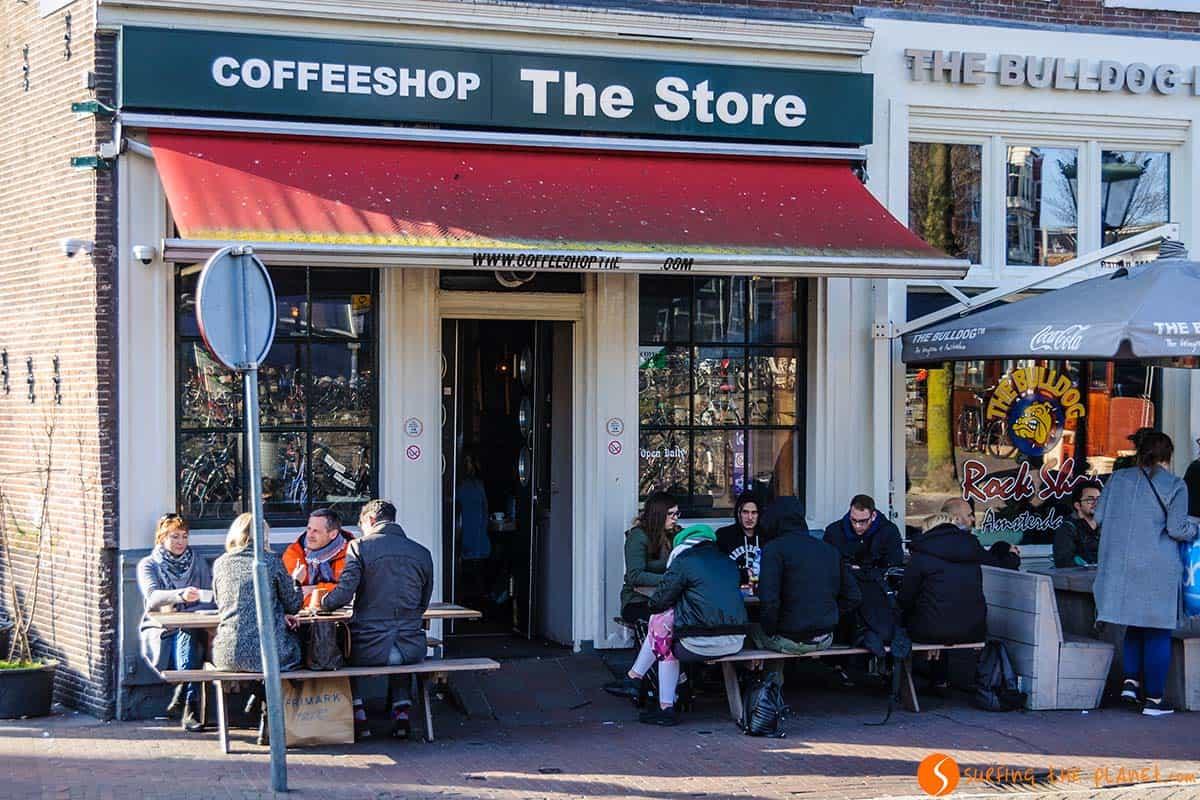 Coffe Shop, Amsterdam, Holanda | Lugares de interés imprescindibles que visitar en Amsterdam