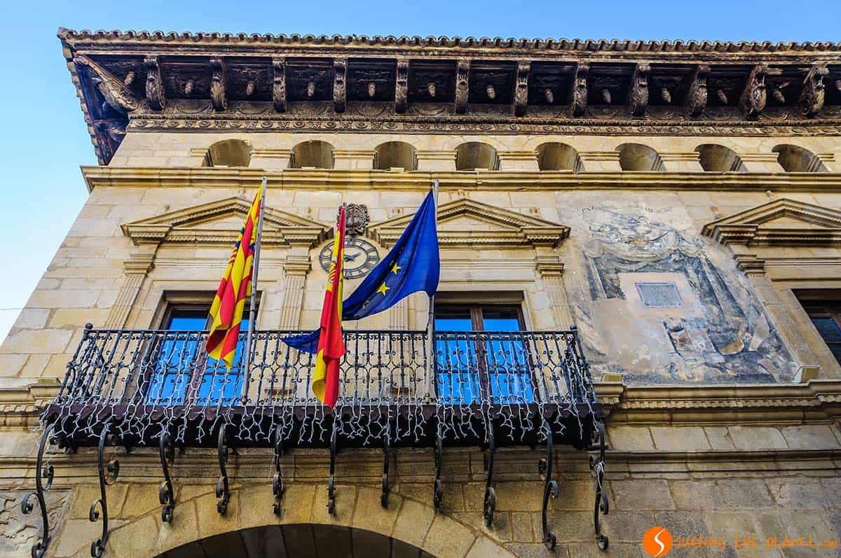 Town Hall, Valderrobres, Spain | What to visit in Teruel