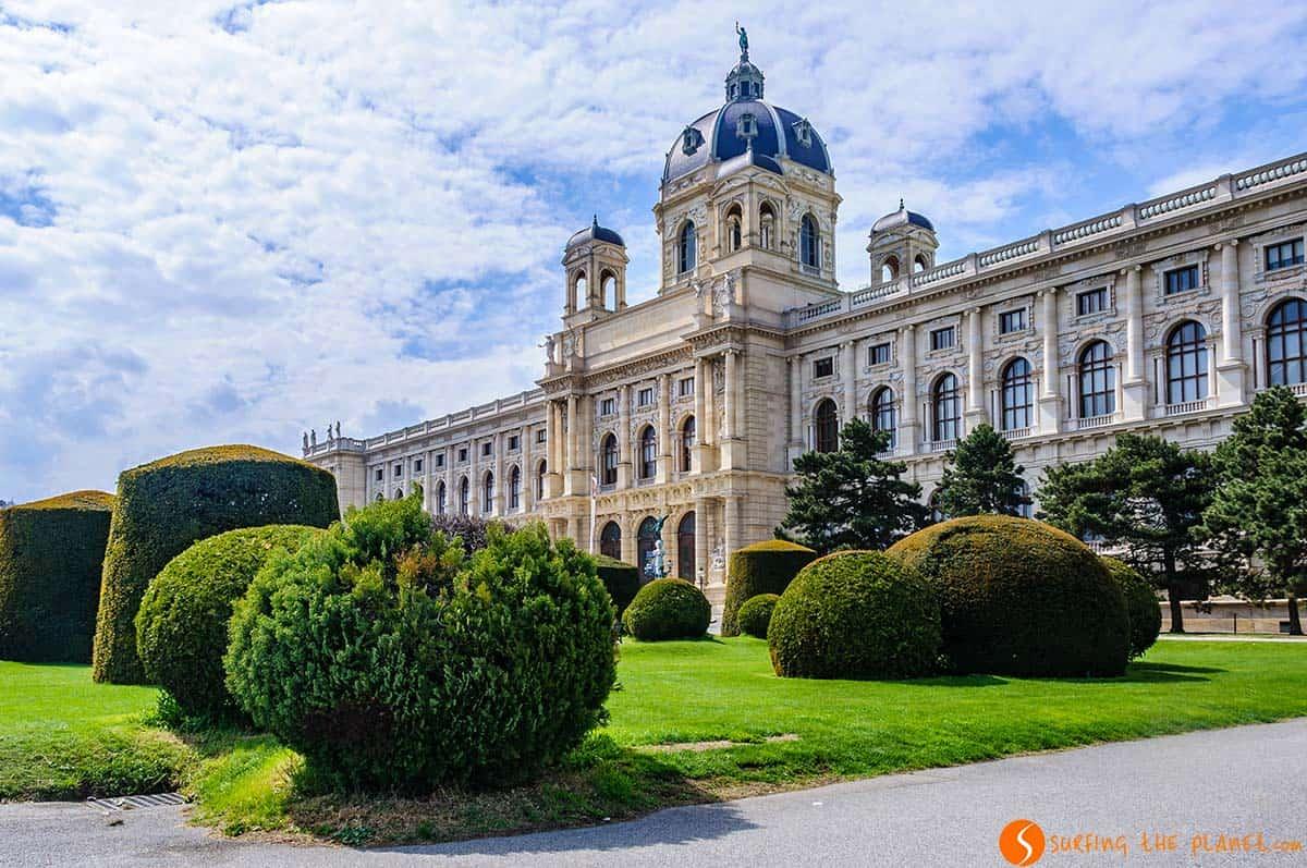 Plaza Maria Teresa, Viena, Austria