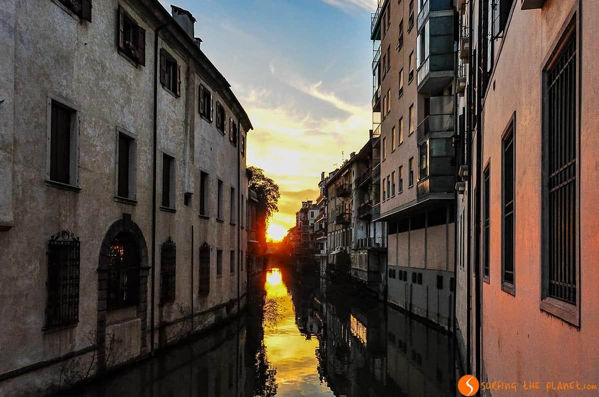 Tramonto su un canale, padova, Italia | Cosa visitare a Padova