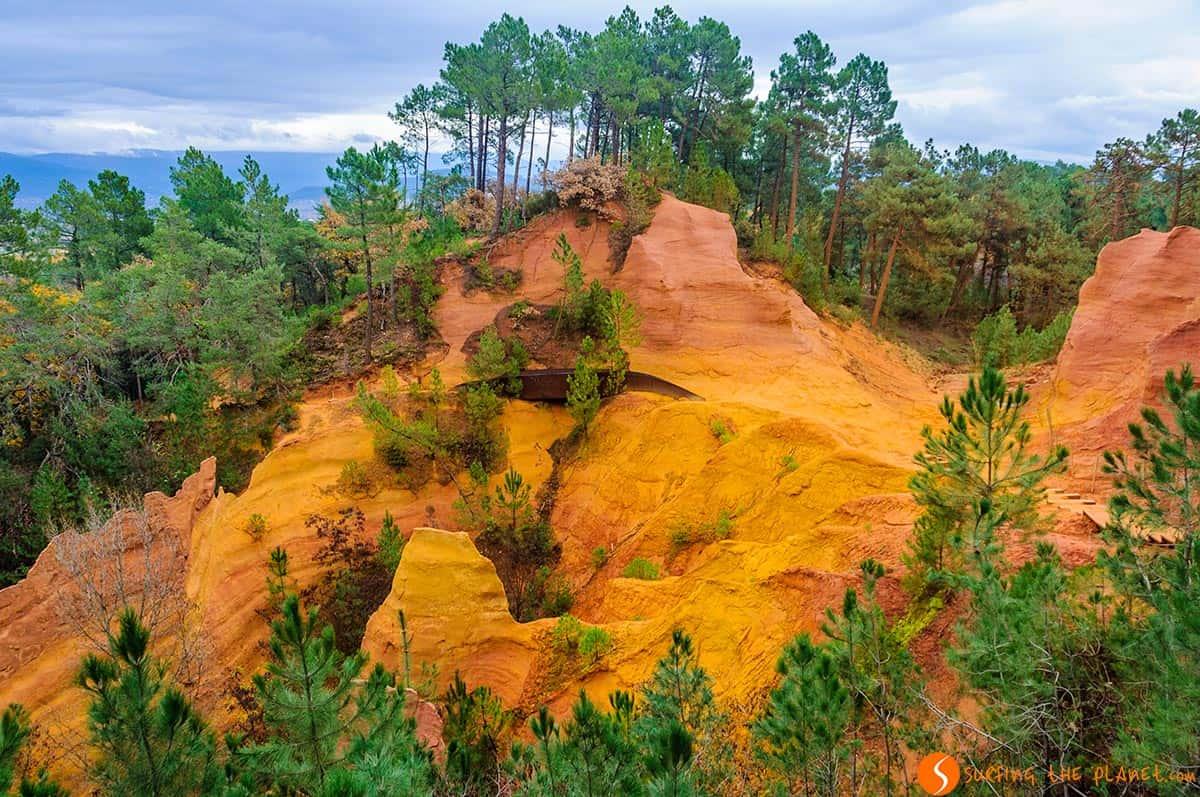 Formación ocre, Roussillon, Francia