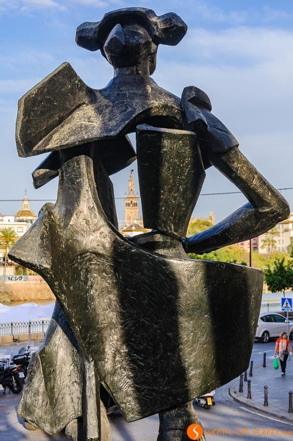 Escultura Juan Belmonte, Barrio Triana, Sevilla, España