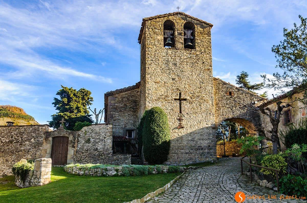 Iglesia románica en Tavertet, Cataluña, España