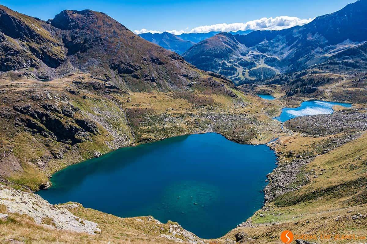 Vista de los Lagos Tristaina, Andorra | Qué hacer en Andorra en verano