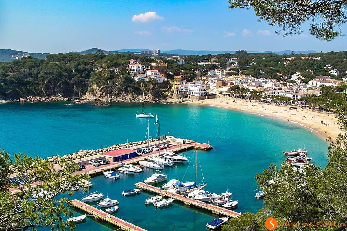 Playa de Llafranc, Costa Brava | Qué visitar en la Costa Brava