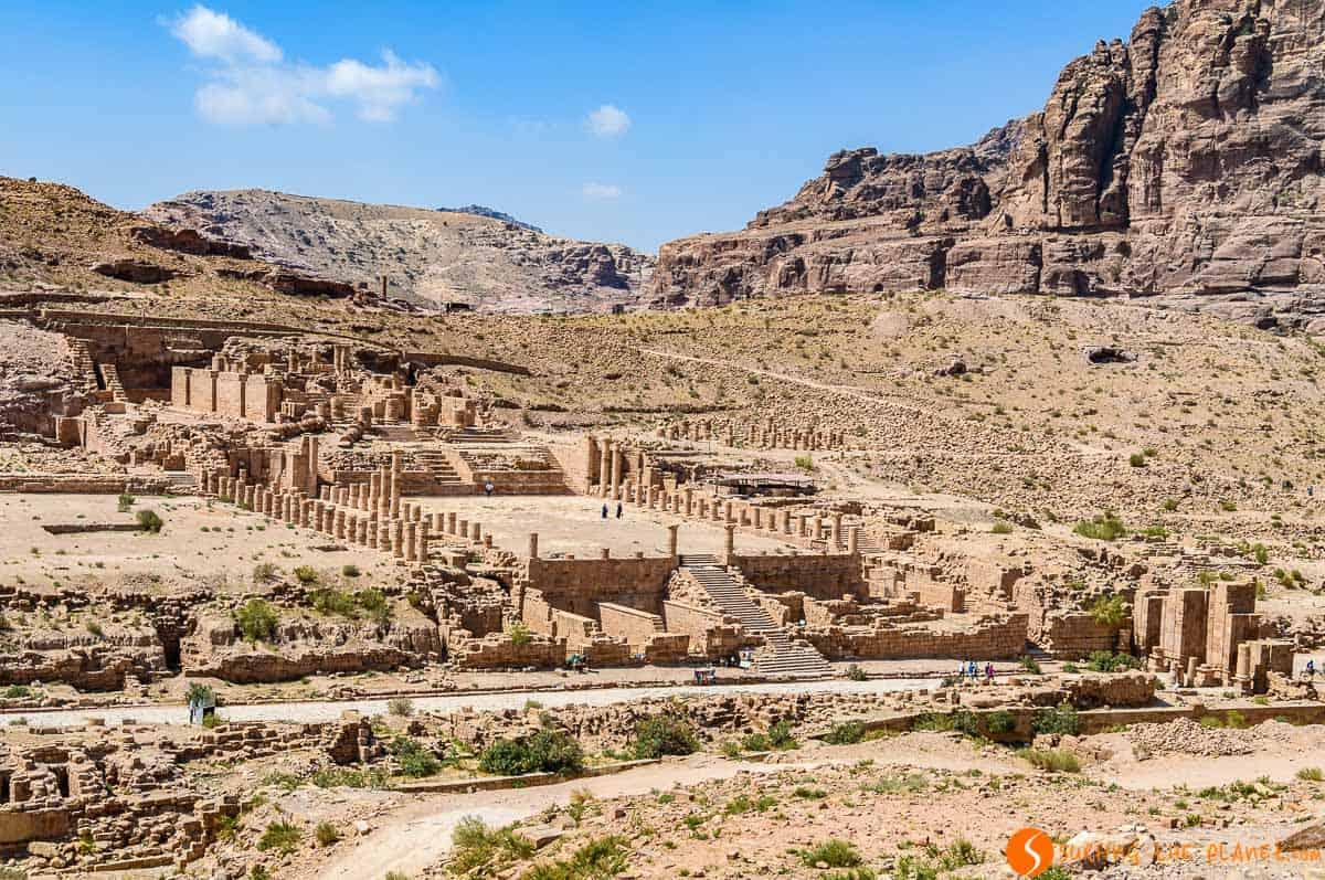 Gran Templo, Petra, Jordania