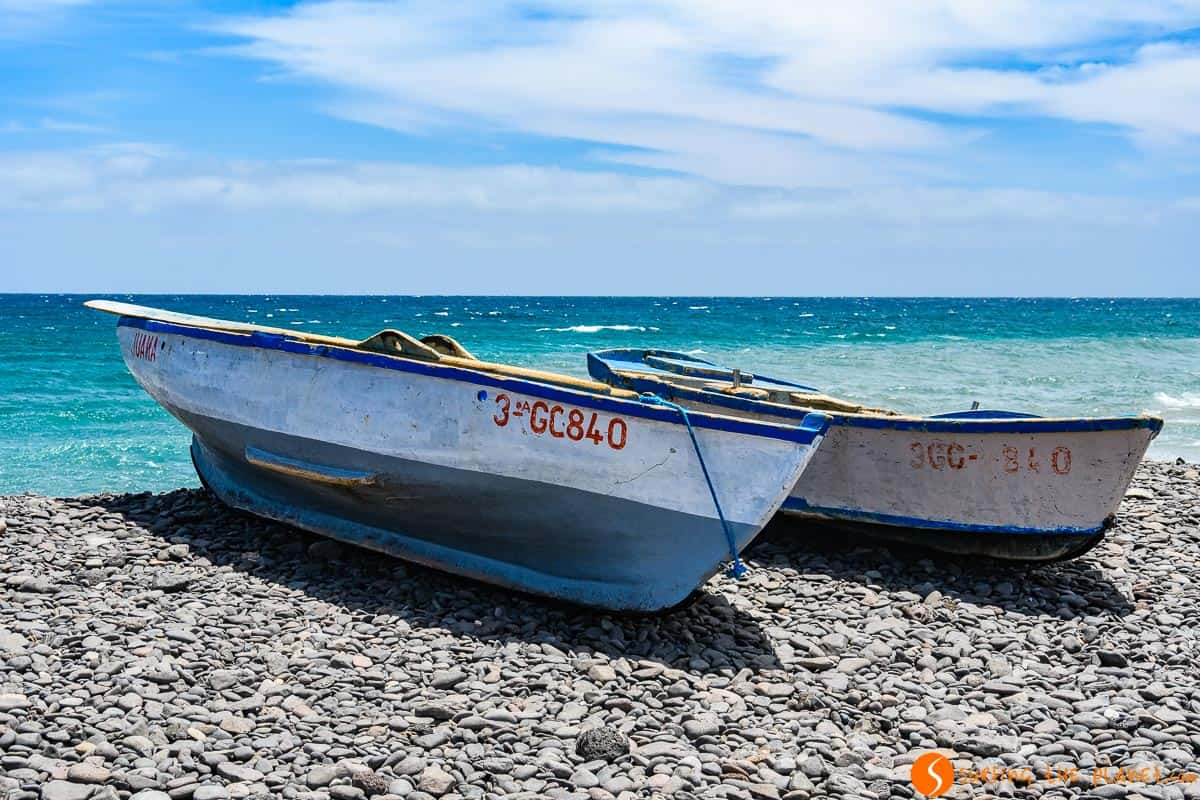 Colorful boats, Pozo Negro, Fuerteventura | Things to see and do in Fuerteventura in 3 days