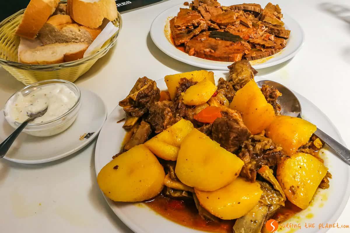 Goat stew, Los Pinchitos Restaurant, Fuerteventura | Where and what to eat in Fuerteventura