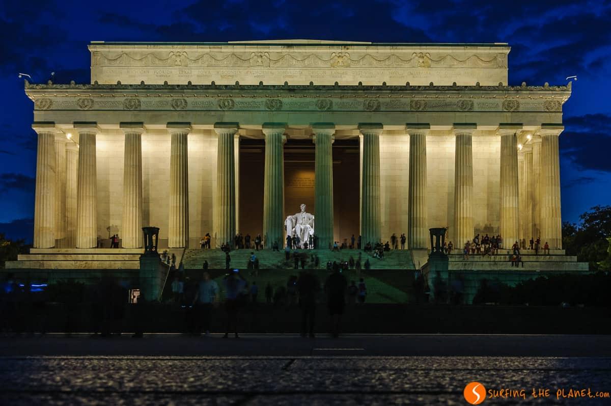 Iluminación del Memorial a Abraham Lincoln, Washington DC, Estados Unidos | Qué hacer en Washington en 1 día