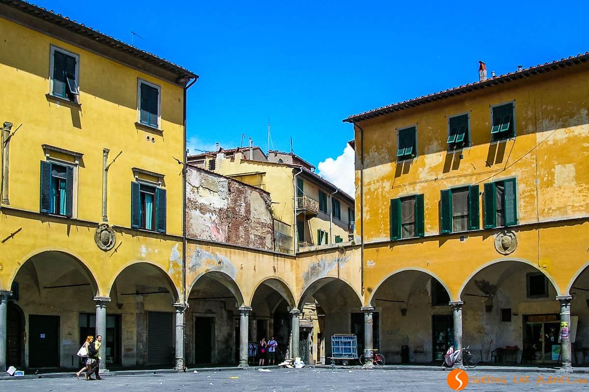 Plaza de Vettovaglie, Pisa, Italia