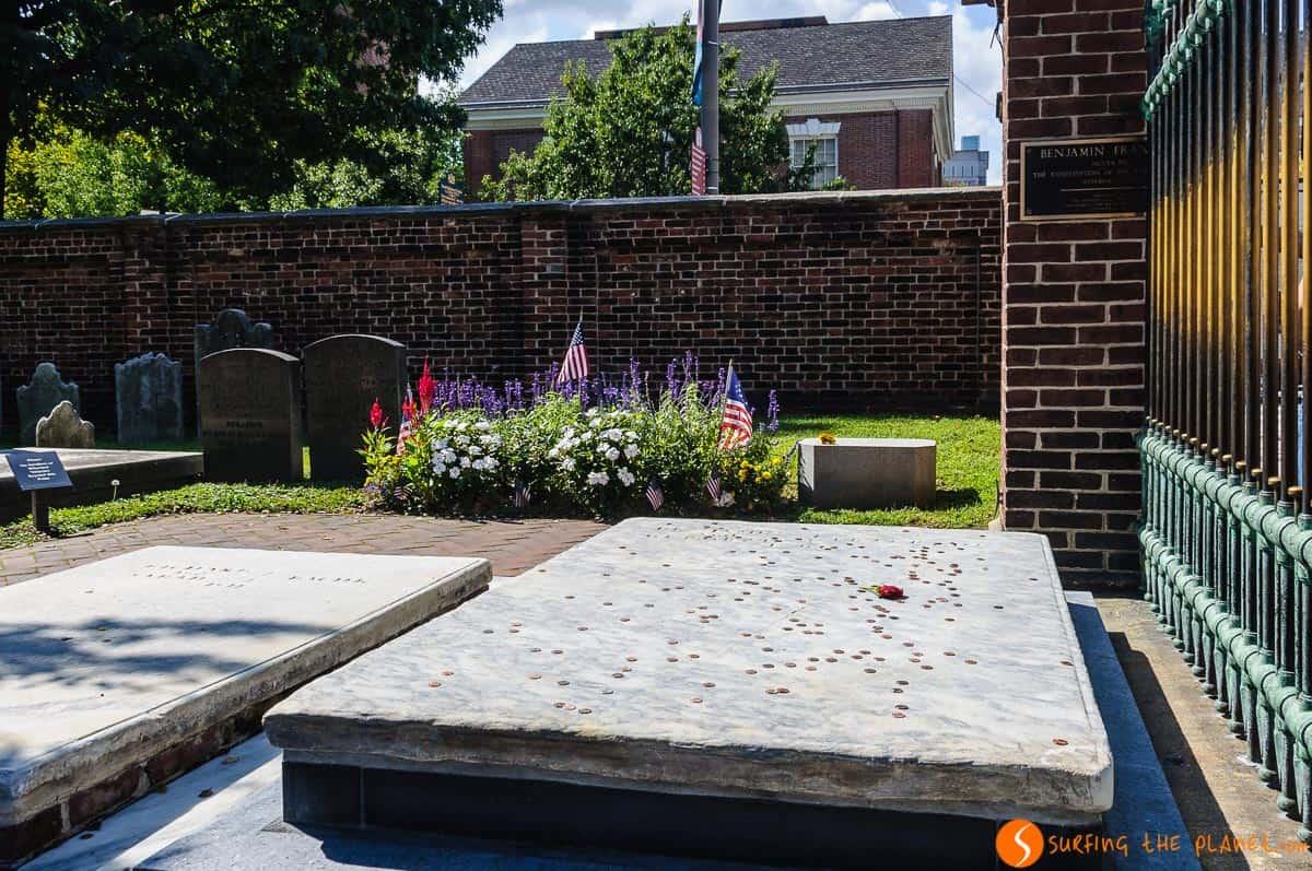 Tumba de Benjamin Franklin, Filadelfia, Estados Unidos
