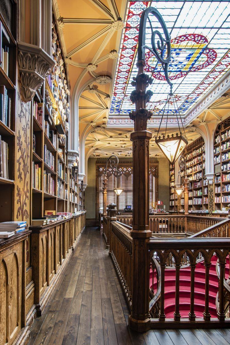 Libreria Lello e Irmão, Oporto, Portugal | Free tours de Oporto imprescindibles