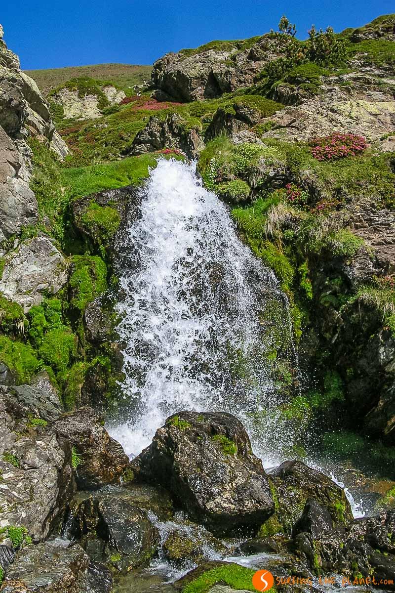 Salto de agua, Vall de Núria, Cataluña, España | Qué ver y hacer en Vall de Núria