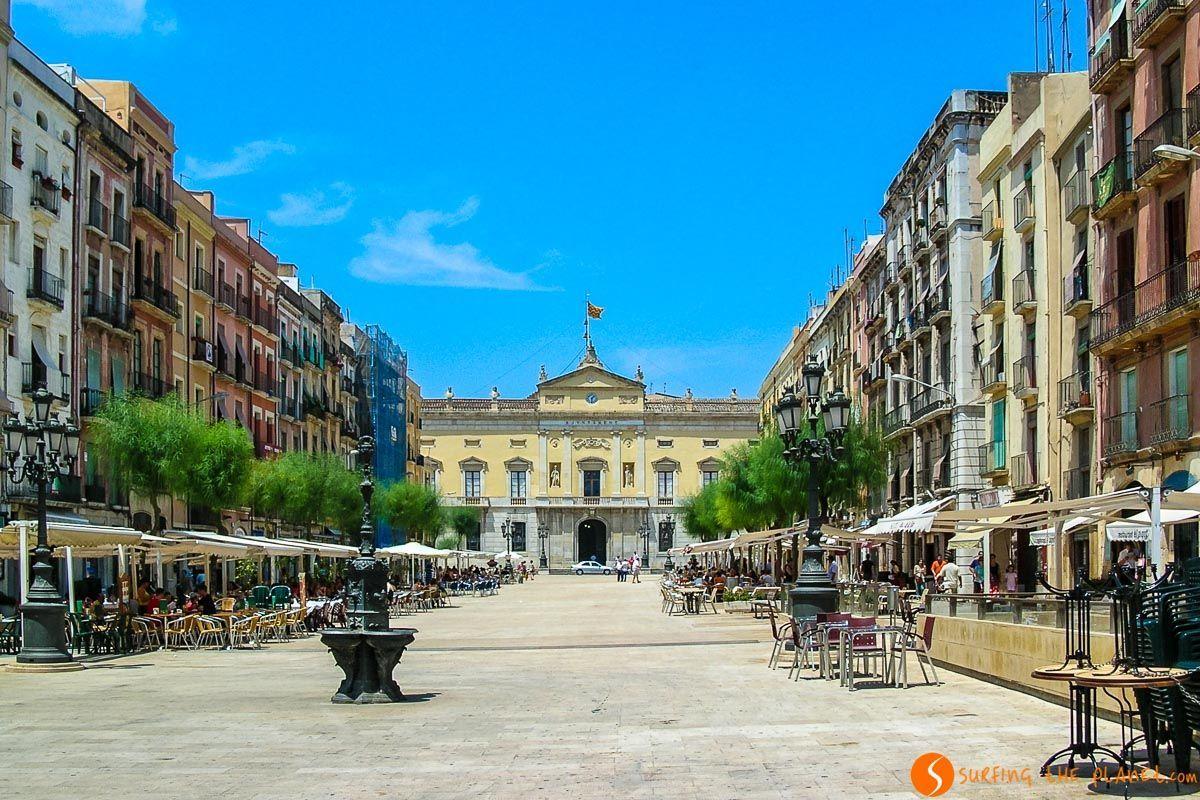 Plaza del Ayuntamiento, Tarragona, Cataluña, España
