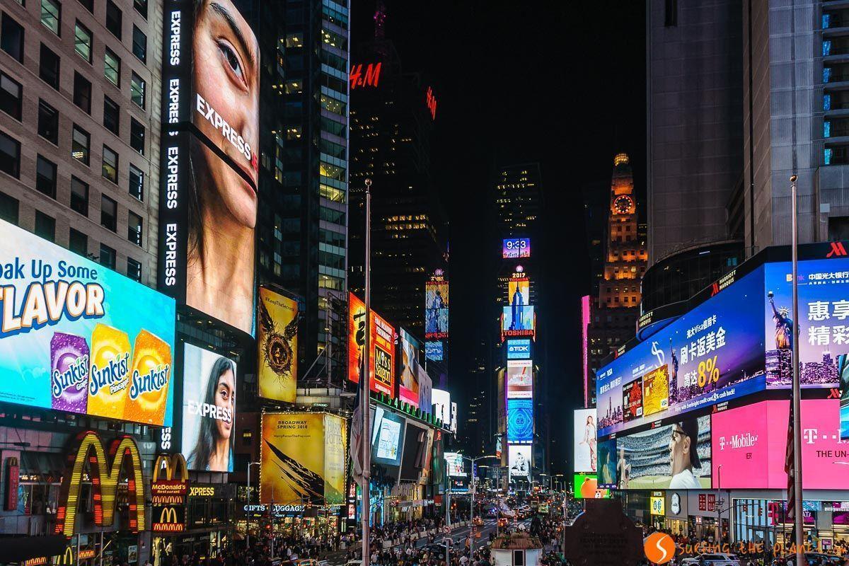 Times Square por la noche, Midtown, Nueva York, Estados Unidos | Los mejores tours de Nueva York