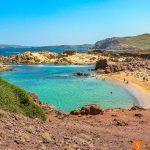 Qué ver y hacer en Menorca – 12 Planes inolvidables y un montón de playas de ensueño