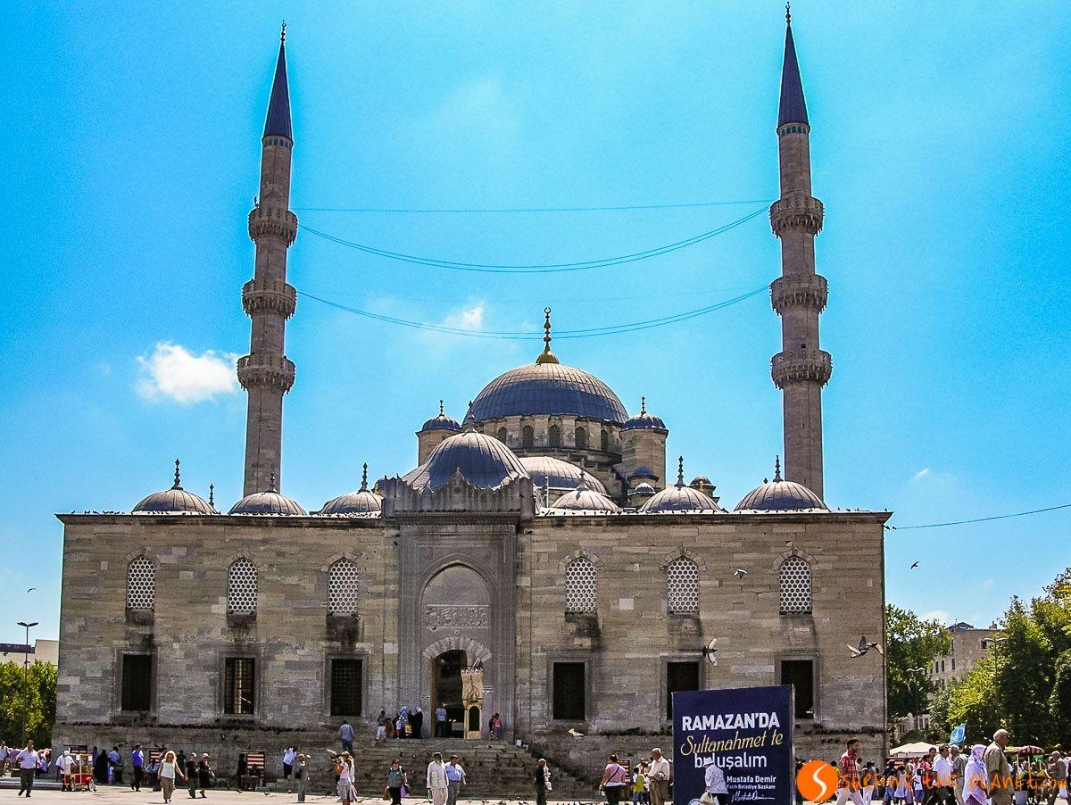 Exterior de la Mezquita Nueva, Estambul, Turquía | Viajar a Estambul