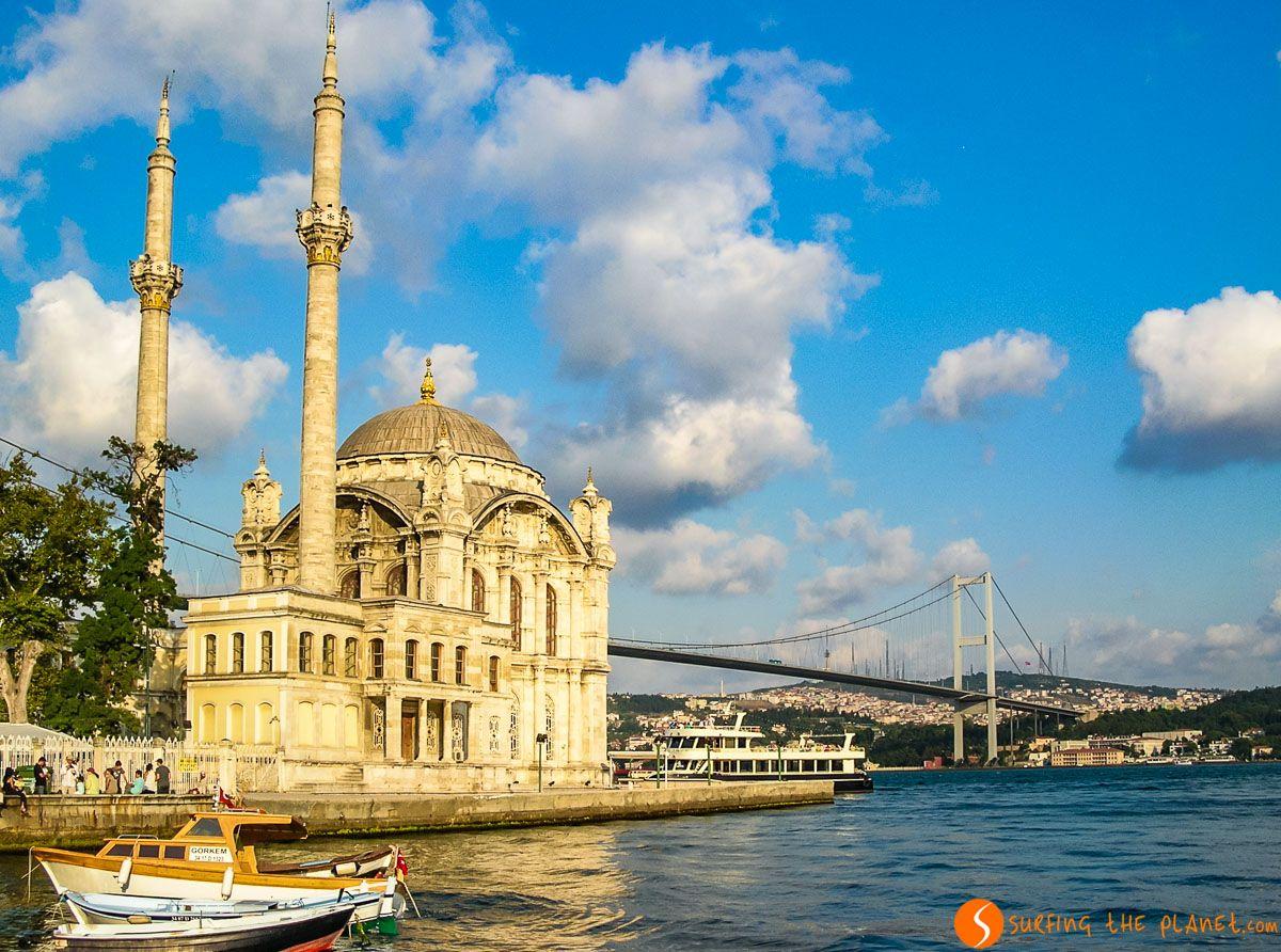 Mezquita Ortakoy, Estambul, Turquía