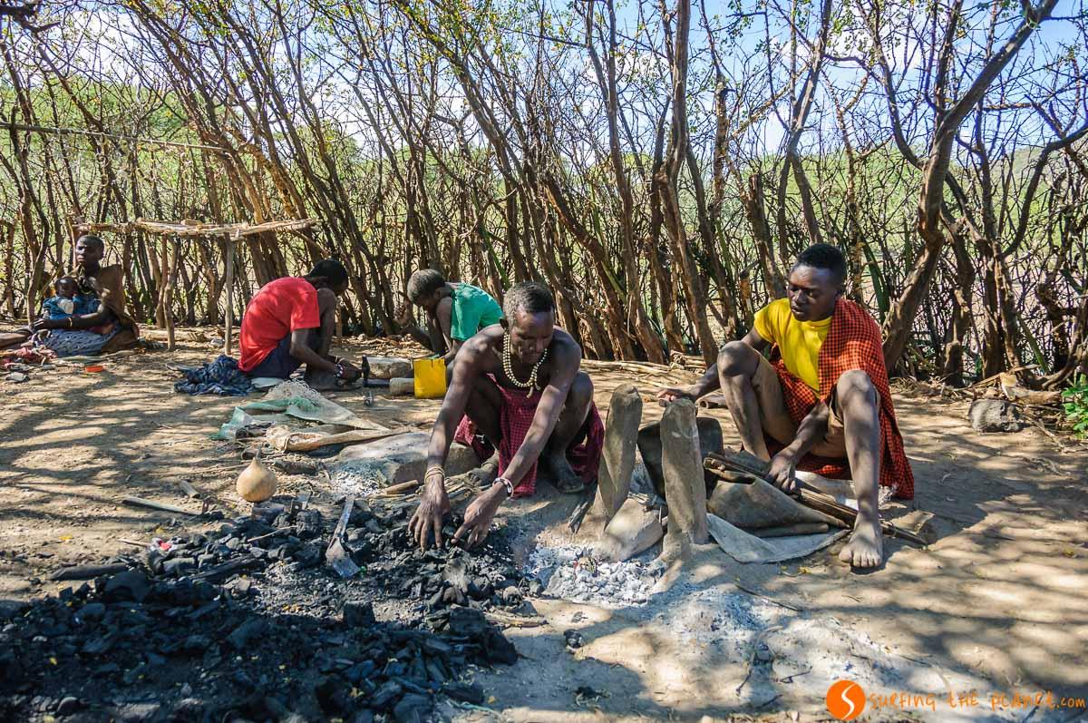 Artesanos, Tribu de los Datoga, Lago Eyasi, Tanzania