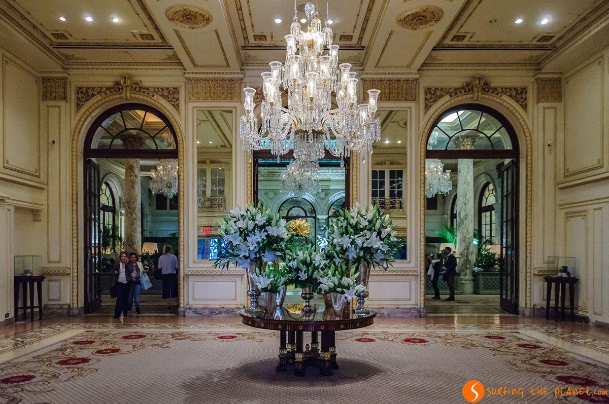 Interior de Hotel Plaza, Midtown, Nueva York | Dónde alojarse barato en Nueva York