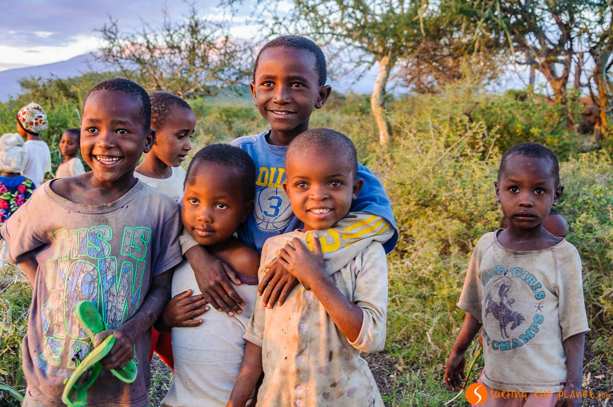 Niños lugareños, Lago Eyasi, Tanzania | Qué hacer en el Lago Eyasi