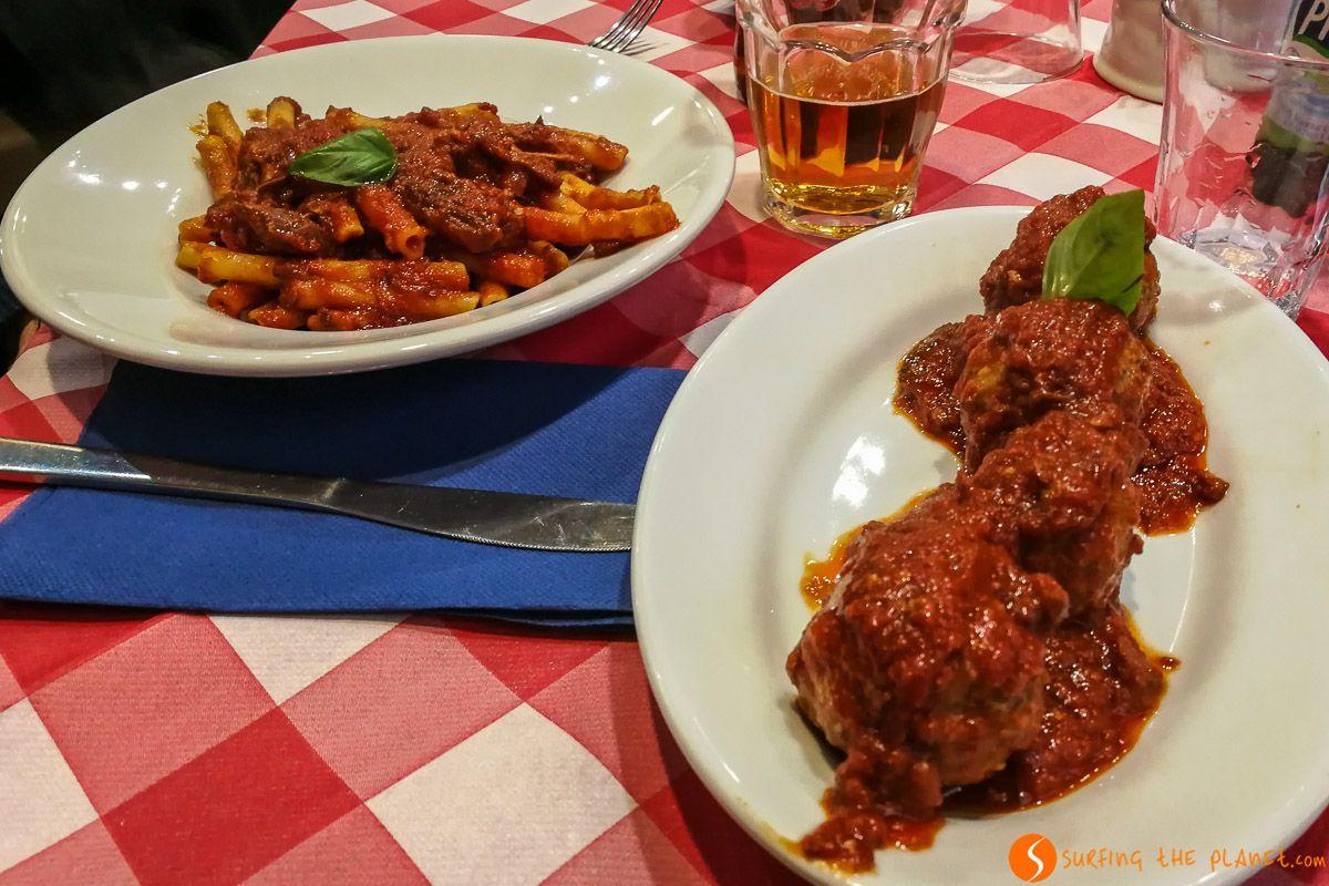 Ragú en Restaurante Tándem, Nápoles, Italia
