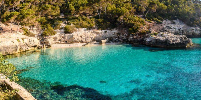 Cala Mitjaneta, Menorca, España