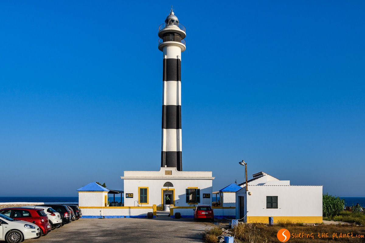 Vista frontal, Faro de Artrutx, Menorca, España
